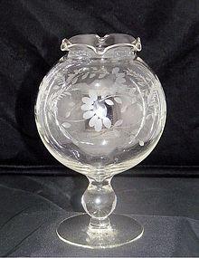 Ivy or Rose Bowl Compote Vase w Cut Half Daisies