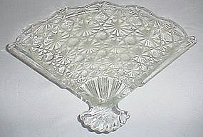 Vintage Avon Daisy and Button Fan Dish