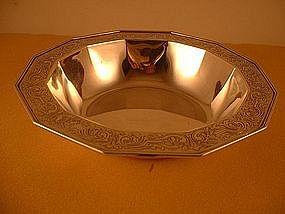 Twelve-sided bowl by Tiffany, first quarter 20th C.