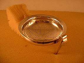 Punch strainer by Garret Eoff, first quarter of 19th C.