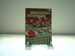 Tablecloths & Bedspreads Coats & Clarks No, 193