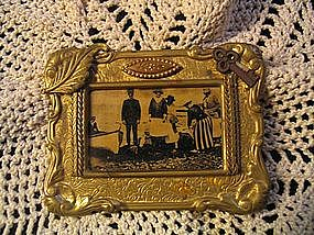 Picture Brooch