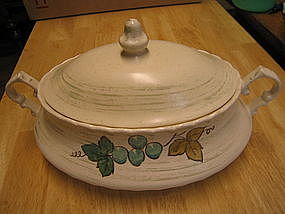 Metlox Vineyard Casserole