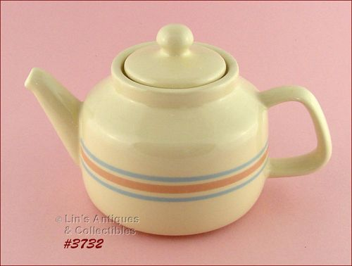McCOY POTTERY – PINK AND BLUE TEAPOT