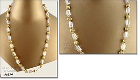 GLASS BEAD NECKLACE WITH ROUND GOLD COLOR SPACERS