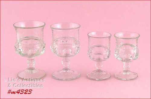 KING'S CROWN – 2 WINE GLASSES AND 2 CORDIALS