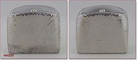 WHITING DAVIS VINTAGE SILVER COLOR METAL MESH HANDBAG