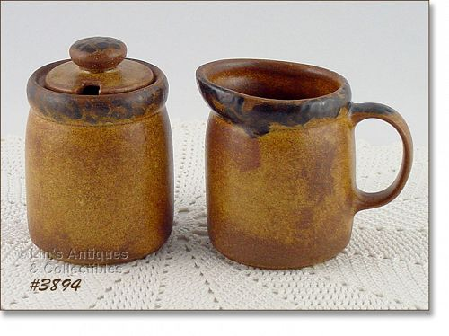 McCOY POTTERY – CANYON CREAMER AND SUGAR WITH LID