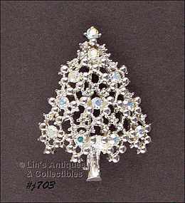 EISENBERG ICE – SILVER-TONE CHRISTMAS TREE PIN