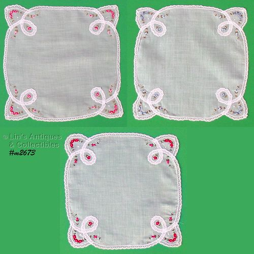 THREE HANDKERCHIEFS WITH LACE AND EMBROIDERED ROSES