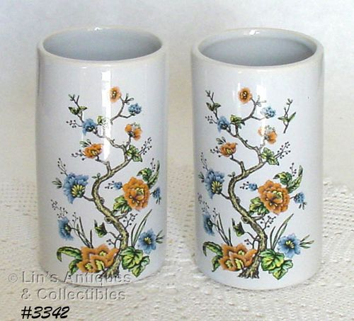 McCOY POTTERY – PAIR OF MATCHING VASES
