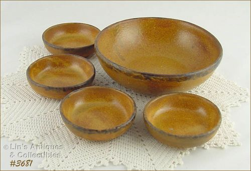 McCOY POTTERY – CANYON BERRY OR NUT BOWL SET