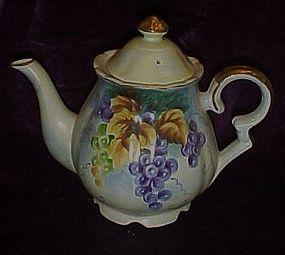Beautiful Lefton China teapot FESTIVAL grapes