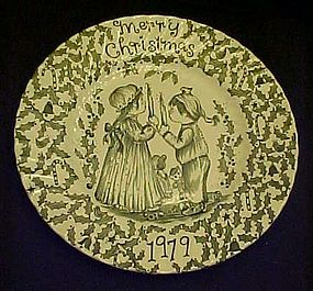Royal Crownford Staffordshire 1979 Christmas Plate