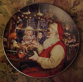 Avon Christmas 1996 plate Santa