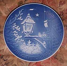 Bing Grondahl 1983 plate Christmas in the old town