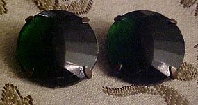 Vintage emerad green faceted clip back copper earrings