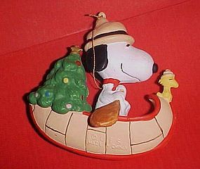 Snoopy And Woodstock Christmas Ornaments.Ufs Peanuts Snoopy In A Canoe With Woodstock Christmas Ornament Item 1283637