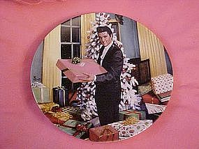 Elvis, Christmas at Graceland, looking at a legend