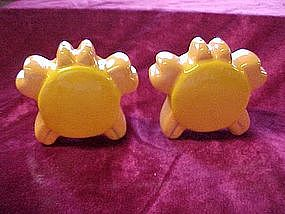 Whatzit anyway? crab,turtle,sunshine  s & p shakers