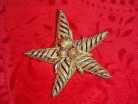 Coro Craft starfish pin