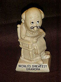 Berries sentiment figurine, World