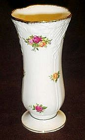Royal Albert,  Classic Old country Roses vase