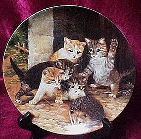 Friend or Enemy plate, Adventures on velvety paws serie