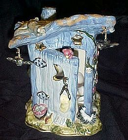 Adorable woodland outhouse /privy candle light