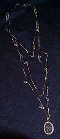 Goldette triple strand silvertone, crystal intaglio
