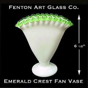Fenton Art Glass ~ Emerald Crest Fan Vase-1949-1956